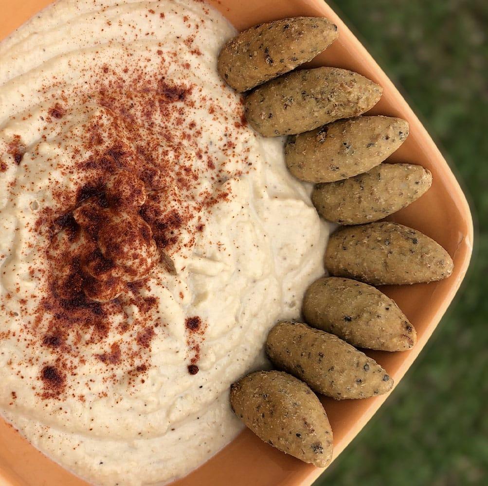 Hummus Tradicional con palitos integrales Nutrisnacks